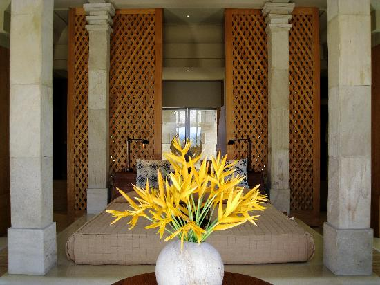 the-borobudur-suite